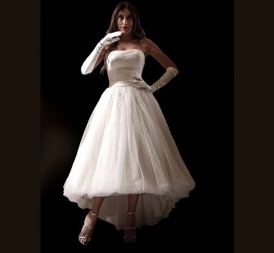 70c62aee30b Μοναδικά νυφικά Divart Collection - Οίκος Νυφικών Καβρουδάκη Περι Γάμου