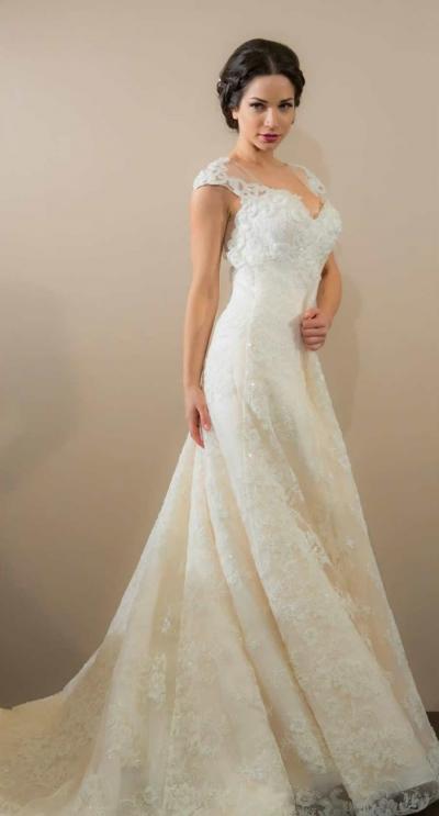7e3f04c2f550 Ρομαντικά νυφικά από το Περι Γάμου